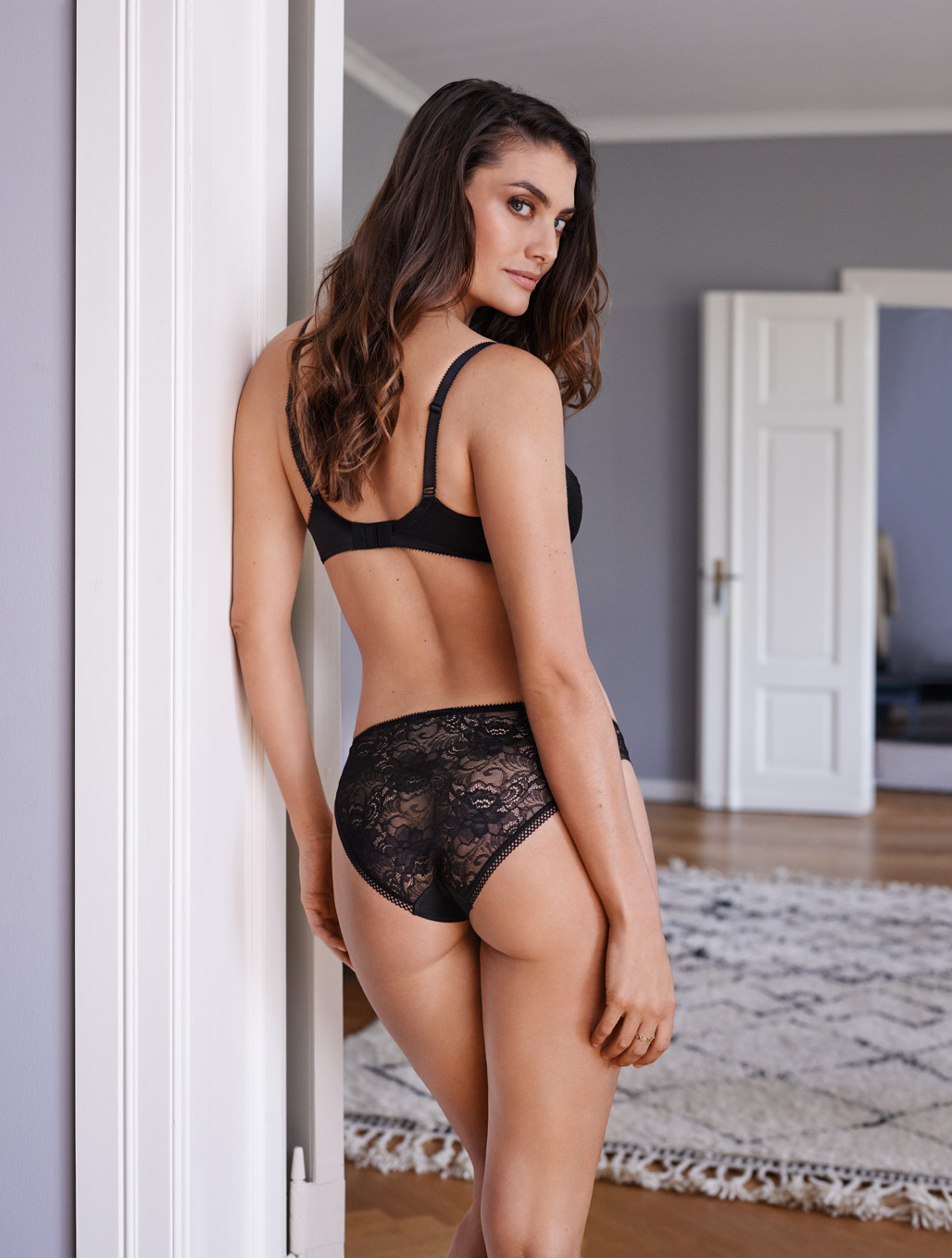 Hourglass Figures Lingerie To Wear And Avoid Dessus Dessous Mag