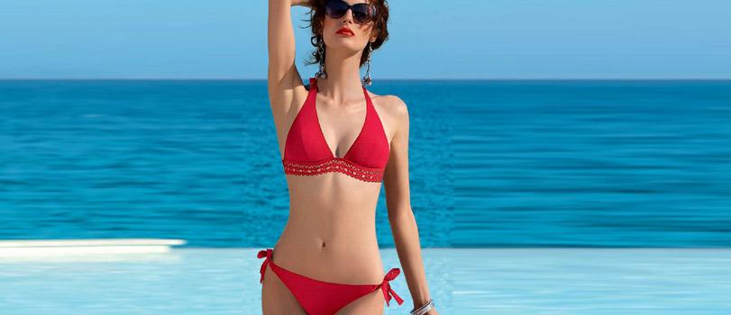 Banner red bikini