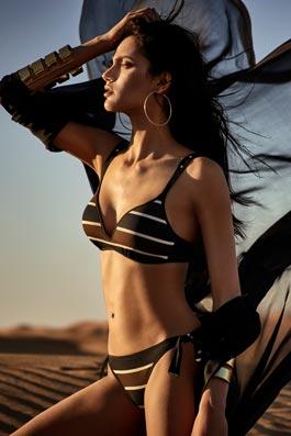 Agata  black stripes