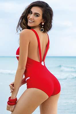 La Plus que Parfait perfect red