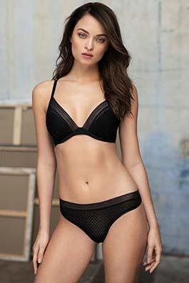 Aphrodite black
